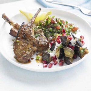 بادمجان کبابی همراه با انار و جعفری