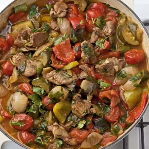 سبزیجات مدیترانه ای با گوشت گوسفند