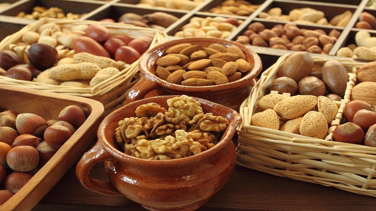 مناسبترین آجیلها برای کاهش وزن کدامند؟