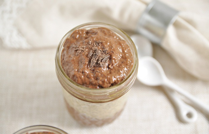 پودینگ چیا با شکلات و کره بادام زمینی