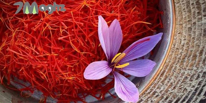 خشک کردن زعفران روی بخاری