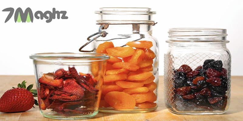 طرز نگهداری میوه خشک در خانه