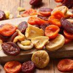 آیا میوه خشک ضرر دارد؟